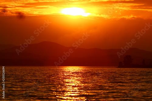 Fotobehang Zee zonsondergang sunset