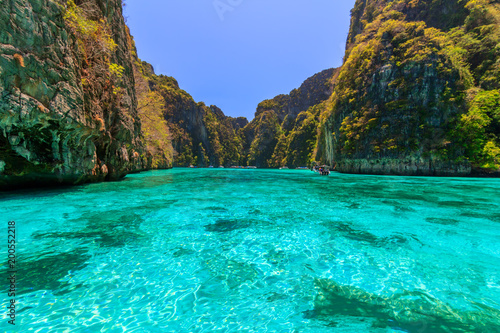 Keuken foto achterwand Turkoois Ao Pi Leh is snorkeling point famous tour lagoon in Phi Phi Islands, Krabi , Thailand