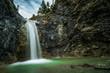 Wunderschöner Wasserfall - 200561213