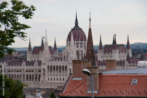 Fotobehang Boedapest Close up of the Hungarian Parliament building in cloud weather