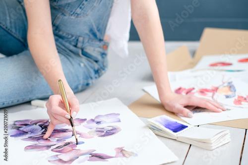 Foto Murales inspiration art creation. painting hobby. woman drawing beautiful floral watercolor design