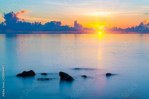 In de dag Ochtendgloren Colorful sunrise over ocean on Maldives