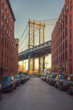 View on Manhattan bridge from washington street in Brooklyn - 200806691