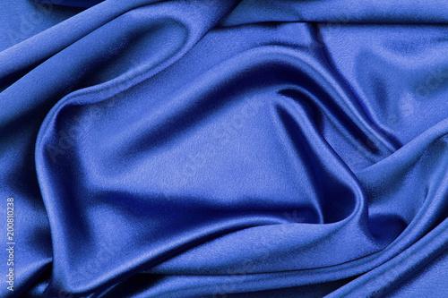 Niebieska jedwabna tkanina