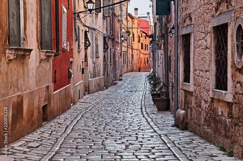 Fototapeta Rovinj, Istria, Croatia: ancient alley in the old town
