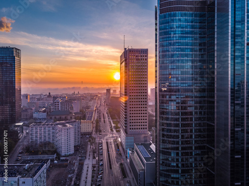 Warszawa o poranku - 200877471