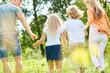 Familie und Kinder in den Sommer Ferien