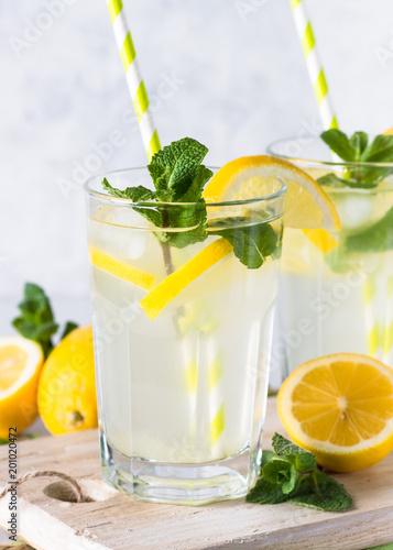 Foto Murales Lemonade summer cold drink.