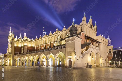 Fotobehang Krakau Sukiennice on The Main Market Square in Krakow