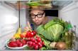 Kühlschrank voller Obst und Gemüse
