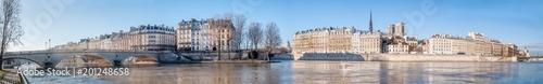 Vue panoramique du centre de Paris et la Seine - 201248658