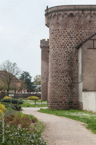 detal architektury średniowiecznej w Obernai koło Strasburga, Alzacja, Francja