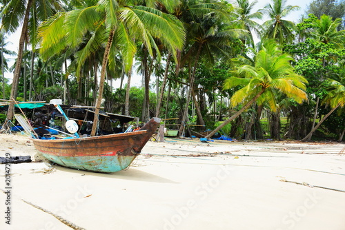 Aluminium Tropical strand Beautiful beach, clear water, beautiful beaches and waves. On a sunny day