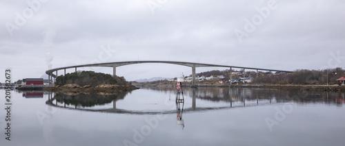 Bridge to Torget island