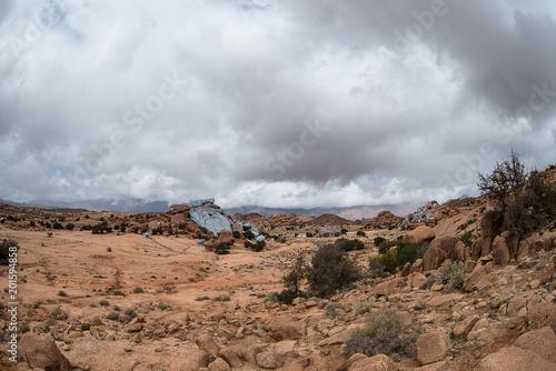pustynia kolorowych skał