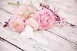 Leinwanddruck Bild - Grußkarte - Frühlingsblumen - Blumenstrauß rosa nostalgisch