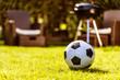 canvas print picture - Fussball im Grass