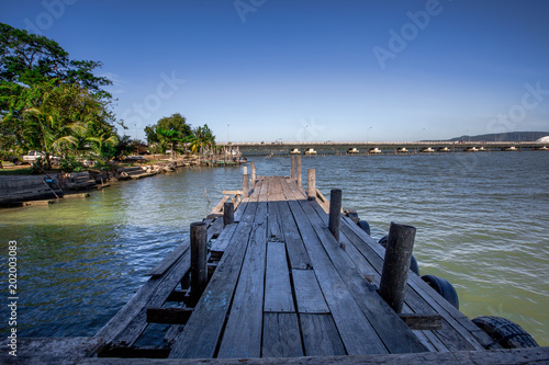 Fotobehang Pier Beautiful Sea view with old boat at Yor island, Songkhla province,Thailand