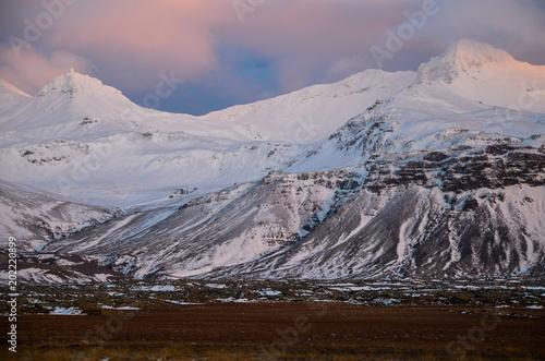 Fotobehang Chocoladebruin アイスランド スナイフェルスネス半島 風景
