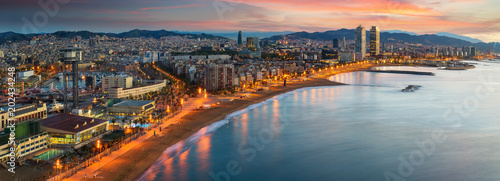 Foto Spatwand Barcelona Barcelona beach on morning sunrise