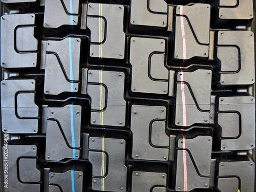 Tread pattern on wheelbarrow tire