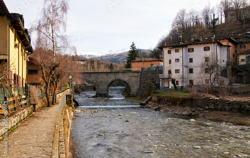 Fotobehang Toscane Fiumalbo, Tuscany, Italy: mountain village