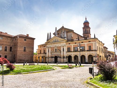 Chiesa Collegiata di S. Maria della Neve, Piazza Bentivoglio - Gualtieri - Reggio Emilia