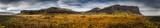Panorama in Islanda, la terra dei vichinghi. Composizione di molti scatti uniti in un'unica vista panoramica.