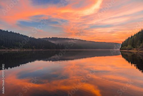 Aluminium Oranje eclat Mountain Lake Sunrise