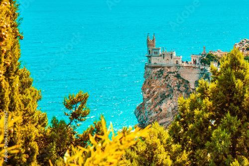 Plexiglas Turkoois Swallow's Nest castle on the rock over the Black Sea. Gaspra.