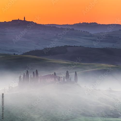 Fotobehang Toscane Beautiful Tuscany landscape at sunrise, Italy