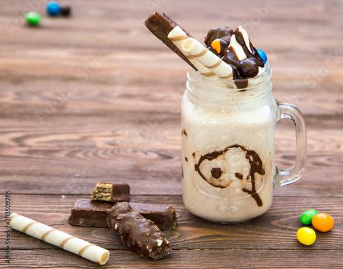Plexiglas Milkshake vanilla milkshake Willy Wonka