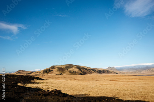 Plexiglas Blauw Scenic landscape of mountains in Iceland