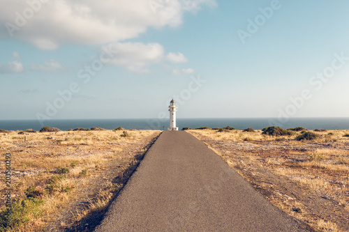Fotobehang Vuurtoren Road from Formentera to one of the spectacular lighthouses on the island.