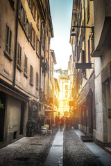 veduta di un vicolo cittadino © Giuseppe Porzani