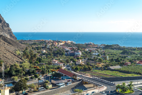 Canvas Canarische Eilanden View from the picturesque village La Calera to the headland of the Valle Gran Rey on La Gomera