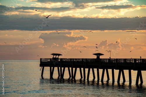 Aluminium Zonsopgang Sunrise over Pier