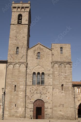 Fotobehang Toscane Abbadia di San Salvatore Siena Toscana Italia