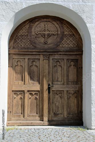 Szczegół strzelający stary kościół katolicki blisko Złego dorośnięcia w Bavaria