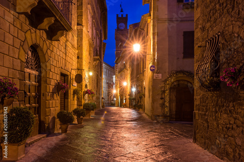 Fototapety, obrazy : Beautiful alley in Pienza, Historic city, Old town, Tuscany, Italy