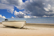 canvas print picture - Strand mit Boot