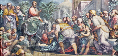 Fotobehang Jezus Christus PARMA, ITALY - APRIL 16, 2018: The fresco of Entry of Jesus in Jerusalem (Palm Sundy) in Duomo by Lattanzio Gambara (1567 - 1573).