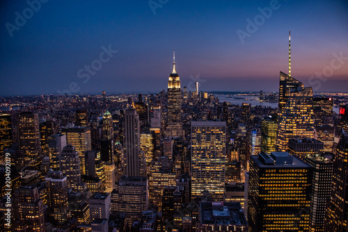 Foto Murales NYC by night viewed from the Observation Deck of the Rockefeller Centre
