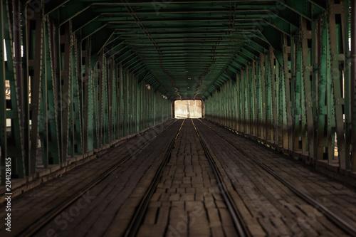 Most Gdański - dwupoziomowy stalowy most na Wiśle w Warszawie