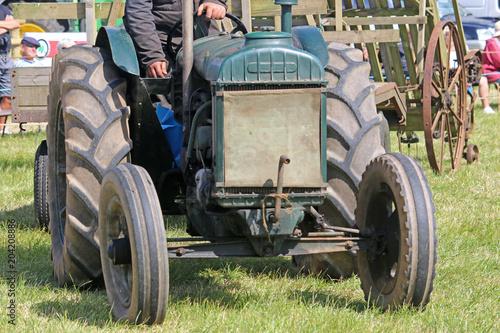 Aluminium Trekker Vintage tractor