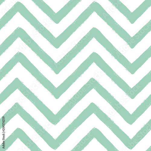 Hand drawn textured zig zag seamless pattern. Vector ilustration. - 204376259