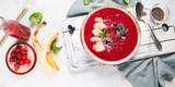 Berry smoothie bowl - 204591832