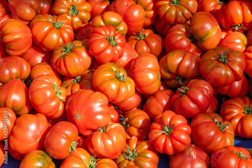 Plexiglas Palermo Ripped sicilian tomatoes for sale at a market