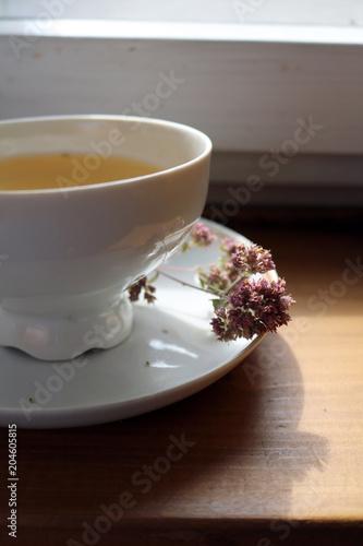 Herbata z suszonego oregano to zioło lecznicze o przyjemnym aromacie