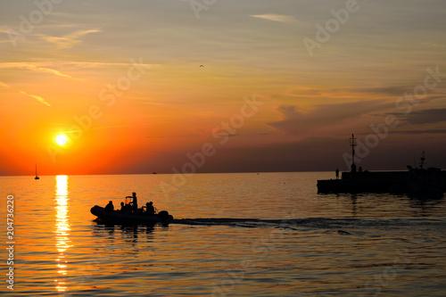 Aluminium Zee zonsondergang View of the ocean in the sunset.